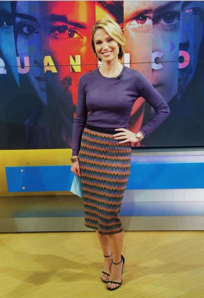 Amy Robach in a TSE sweater this morning on Good Morning America. #nyc Styled by Jamie Salazar.
