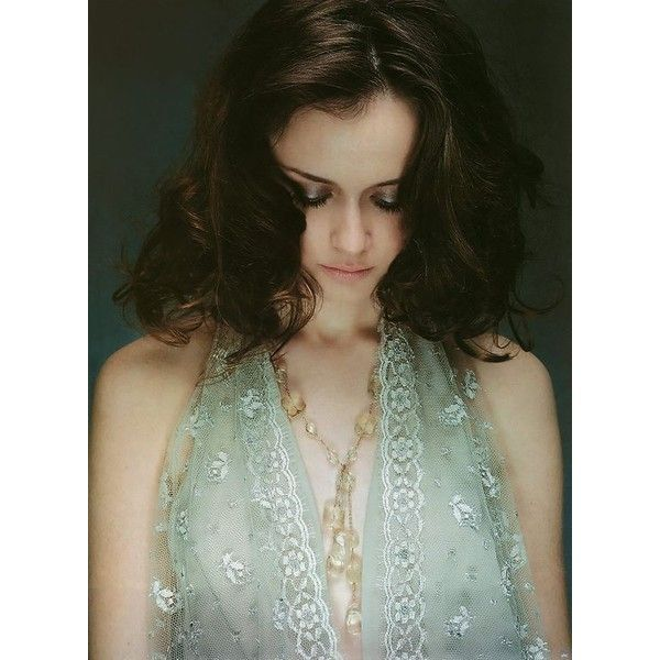 Фото: Алексис Бледел (Alexis Bledel) ❤ liked on Polyvore featuring alexis bledel, models, people, celebrities and girls