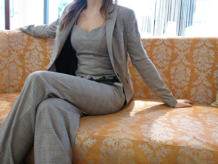 #check #tailleur #jacket #galles #fashion #fashion2014 #pigal #pigalboutique www.pigal.com
