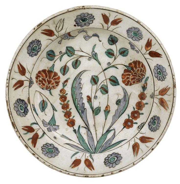 An Iznik Polychrome Dish, Turkey, circa 1600