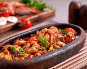 Shrimp Diablo    PER SERVING:  Net Carbs: 7 grams  Total Carbs: 9 grams  Fiber: 2 grams  Protein: 18 grams  Fat: 24 grams  Calories: 320  Makes: 6 (1 1/4-cup) servings
