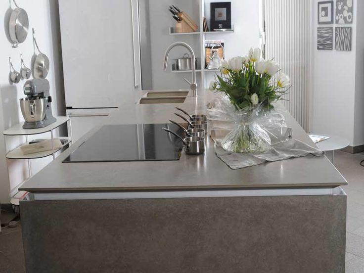 Oltre 25 fantastiche idee su piani di lavoro per cucina in cemento su pinterest interieur - Piani di lavoro cucina materiali ...
