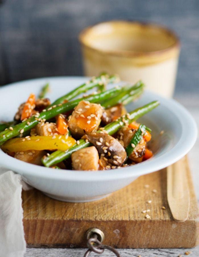 Tuorekset-reseptit - Sweet and sour wok eli hapanimelä wokki valmistuu näppärästi käyttövalmiista kasviksista.
