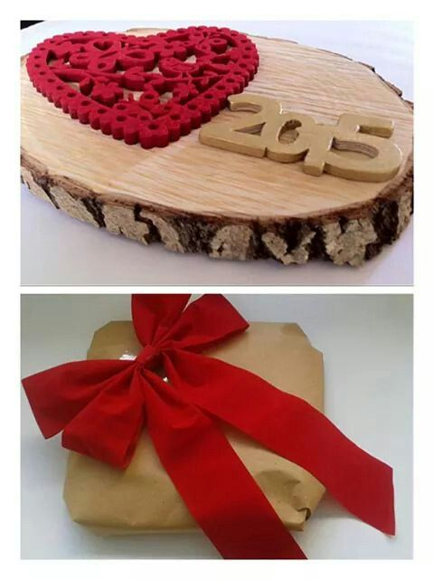 """Christmas decoration, wooden slice 32cm, handmade wooden """"2015"""" painted in colour with red heart. By KIKOmania 32€ Επιτραπεζιο χειροποίητο γούρι"""