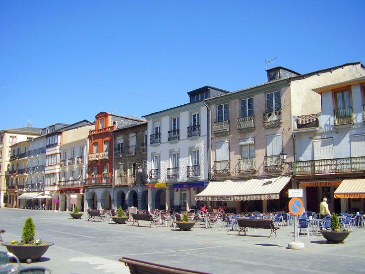 Ayuntamiento y Plaza Mayor de Villafranca del Bierzo, León, Camino de Santiago