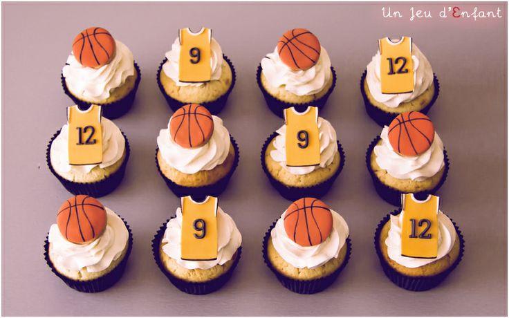 Basketball cupcakes  by Un  Jeu d'Enfant