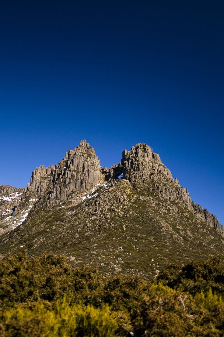 CLIMBING MT OSSA – TASMANIA - The Roamer Post - In the centre of Cradle Mountain – Lake St Clair National Park stands the highest summit of Tasmania; Mt Ossa. With incredible views of all mountains found in the park, this was one ascent we simply had to tackle during our stay in Tasmania.