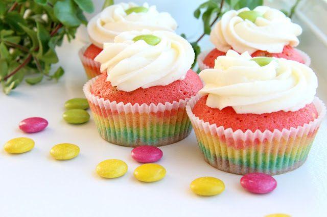 Regnbuecupcakes