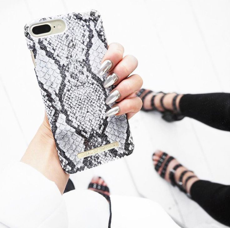 Python by @livharrould - Fashion case phone cases iphone inspiration iDeal of Sweden #snake #carrara #gold #fashion #inspo #iphone