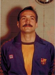 Fèlix Martínez va jugar, des de la temporada 1.979 a la 1.985, a l'equip de Divisió d'Honor del F.C. Barcelona, conquerint dues Recopes d'Europa, una Lliga Espanyola, dues Copes del Rei i cinc Lligues Catalanes, amb els entrenadors Miquel Roca, Sergi Petit i Valero Ribera. #Veterans #Handbol #FCBarcelona