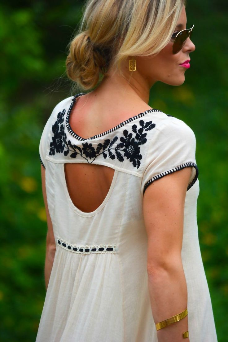 I love the detailing on the back. Can't forget to be memorable as you walk away…