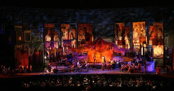 Carmen. Arena of Ver - Carmen. Arena of Verona. Scenic design by Franco Zeffirelli. 2009 --- #Theaterkompass #Theater #Theatre #Schauspiel #Tanztheater #Ballett #Oper #Musiktheater #Bühnenbau #Bühnenbild #Scénographie #Bühne #Stage #Set