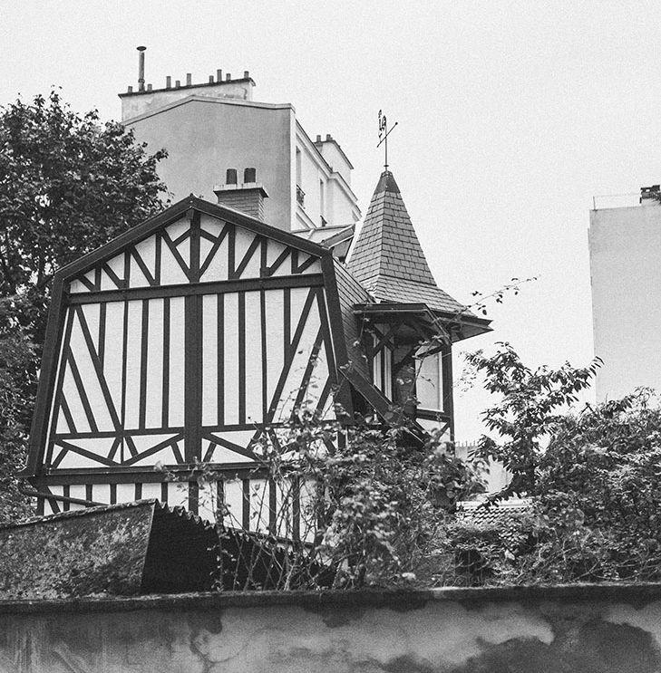 witch house http://www.leblogdelamechante.fr/blog-mode/halloween-2015