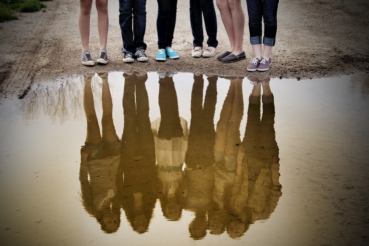 BFF photo Reflection. Best Friends Photo Shoot. We NEED to do this when I come down there or at camp would be cool too!!