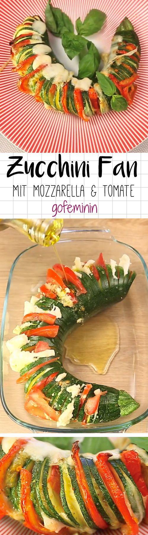 Fächer Zucchini mit Mozzarella, Pesto und Tomate - so lecker!