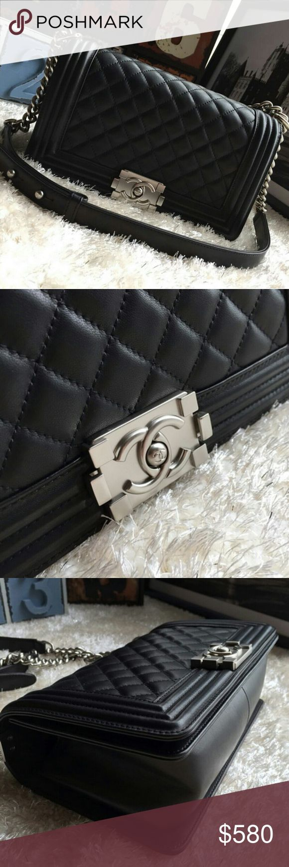"""Discount Brand New handbags bags read descriptions Please Comment your email to receive more detail and new discounts. To see more photos on Instagram ID: """"bellayeezycom"""" . pls comment your email or contact us so that we can give you new discounts and show you many good reviews. WhatsAPP: +8617128079630 or Email: toplvbags@outlook.com also welcome to comment your email or whatsapp for new discounts. thank you chanel Bags"""