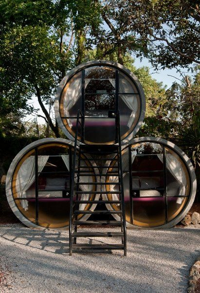 Love this adaptive reuse concept. Hotel rooms made out of concrete pipes.