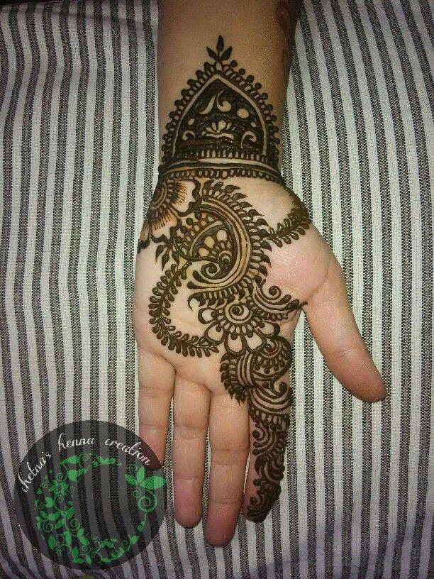 Chetna's henna creation.