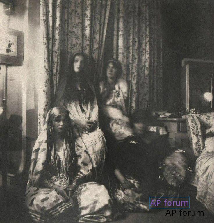 Rare photo - the 4 Grand Duchesses