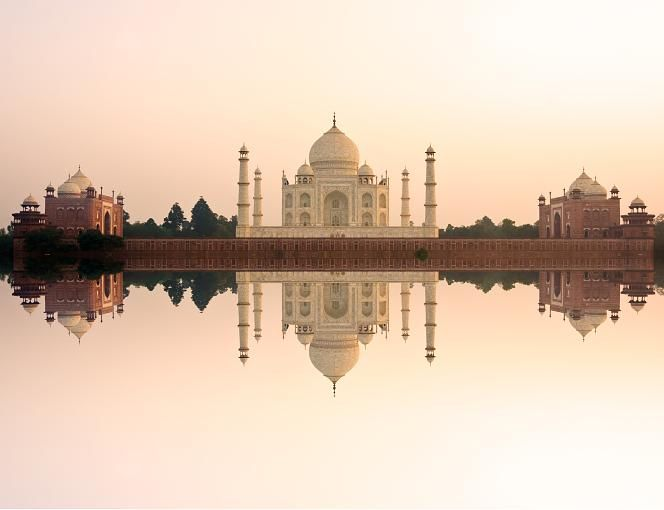 Lovely Taj Mahal Indien Verbleibende Zeit f r einen Besuch F nf Jahre Grund u