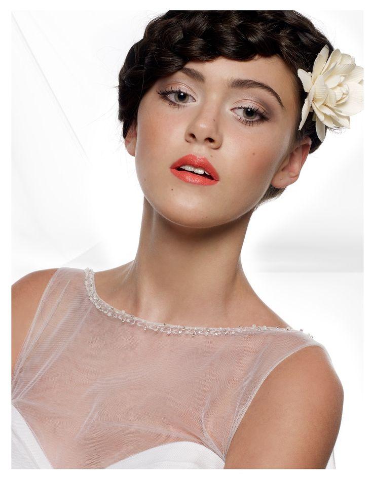 bride, flower crown, make-up, braid