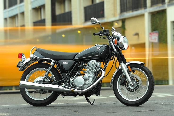 Meet the 2015 Yamaha SR400