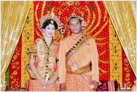 Buginese(Makassar, Indonesia) wedding costume