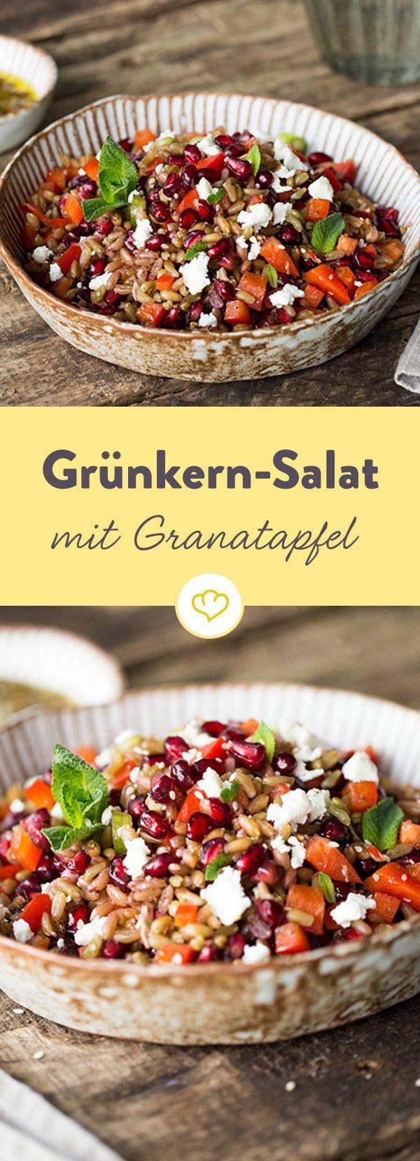 Der fein nussige Geschmack zeichnet den halbreif geernteten Dinkel aus. Zusammen mit Granatapfel, Paprika und Minze ein sättigender Sommersalat.