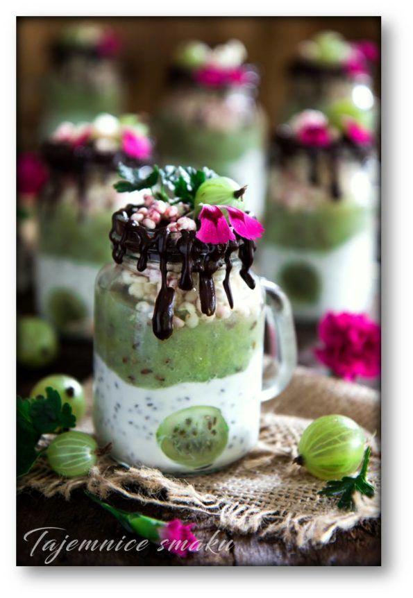 Deser w słoiczkach – agrest, jogurt, chia i czekolada – Tajemnice smaku