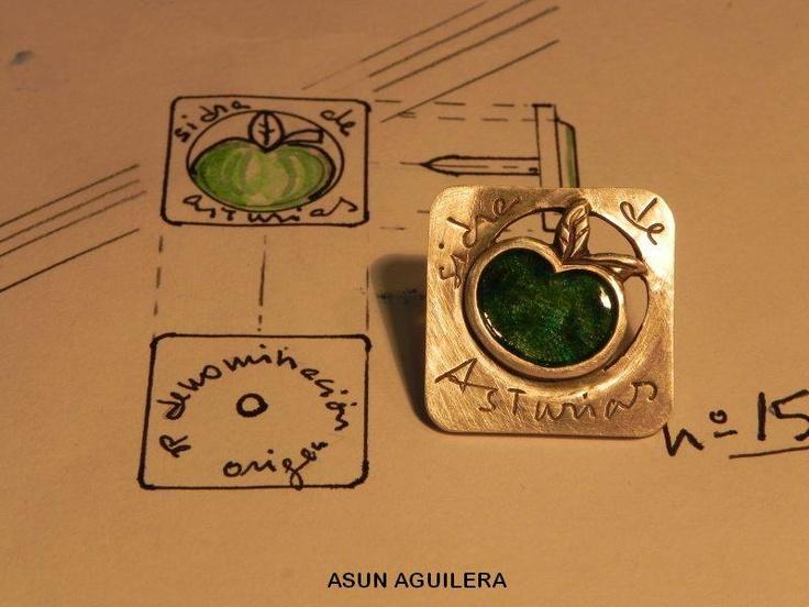 Pin en Pinterest DOP Sidra de #Asturias, diseñado por Asun Aguilera una de mis preferidas joyeras de #Gijón