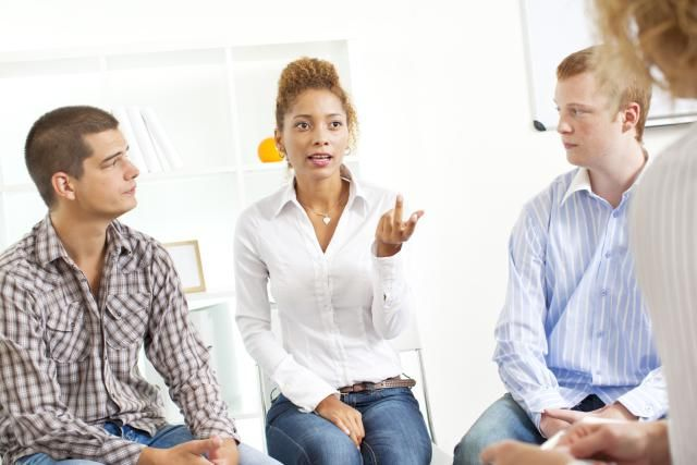 6 Questions to Ask Before You Join a Single Parent Support Group