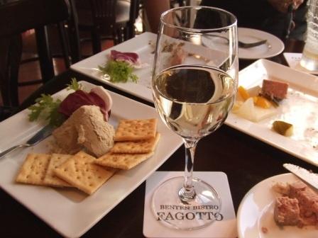 benten bistoro fagotto(ファゴット)のグラスワイン&蟹味噌バター♥