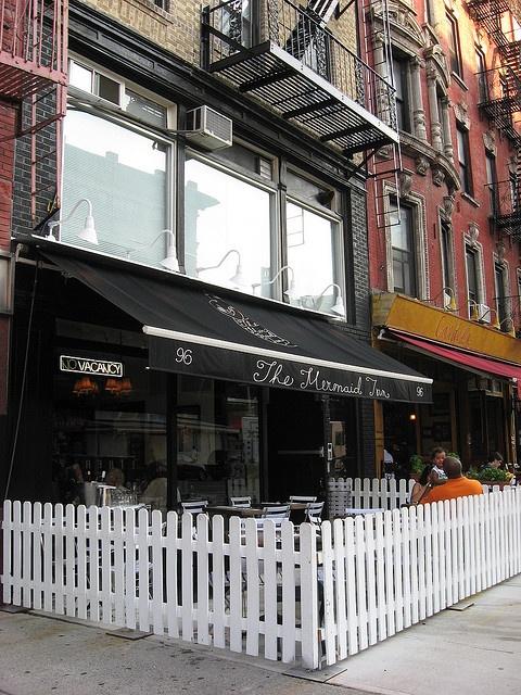 The Mermaid Inn | Manhattan, New York