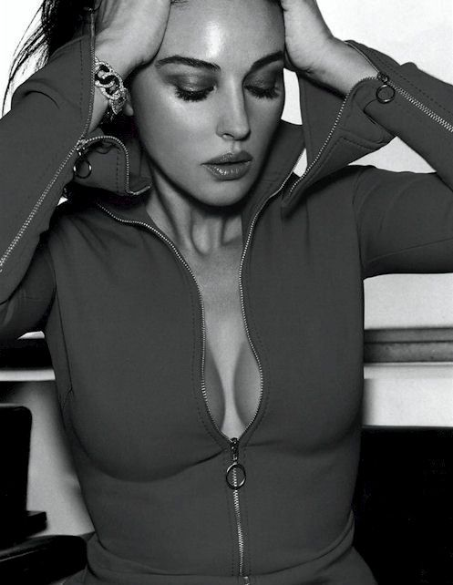 Monica Bellucci, forever young and beautiful