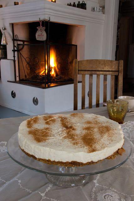 Piparköku-ostakaka Huvikumpu Living: Jouluinen juustokakku