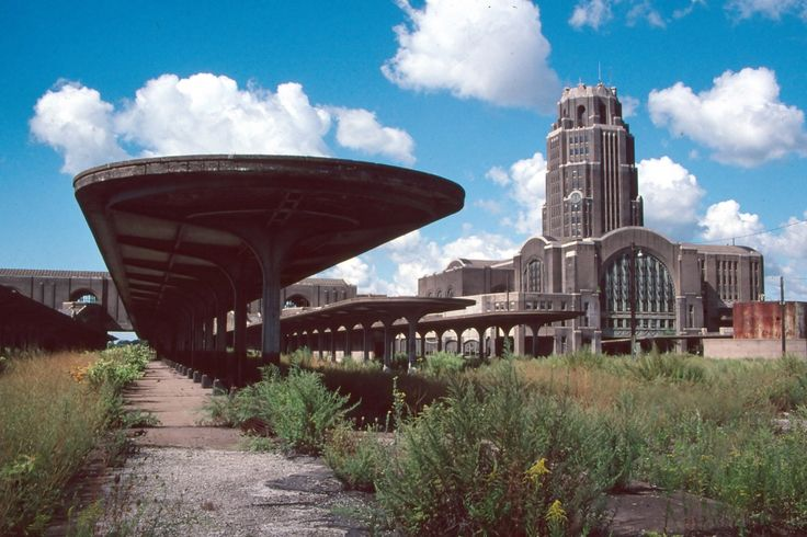 Gallery of 8 Extraordinary Examples of Abandoned Architecture - 4