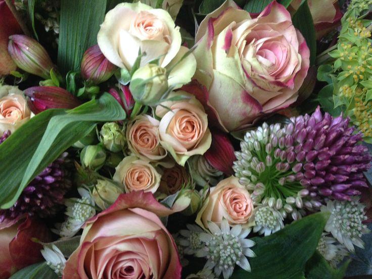Bouquet with Alstromeria, Rosa Upper Secret, Allium, Spray rose, Bupleurum