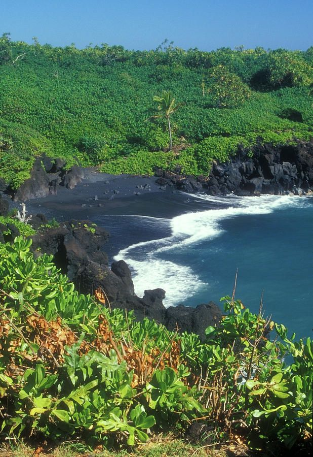 7 best black sand beaches images on pinterest black sand Black sand beach hawaii