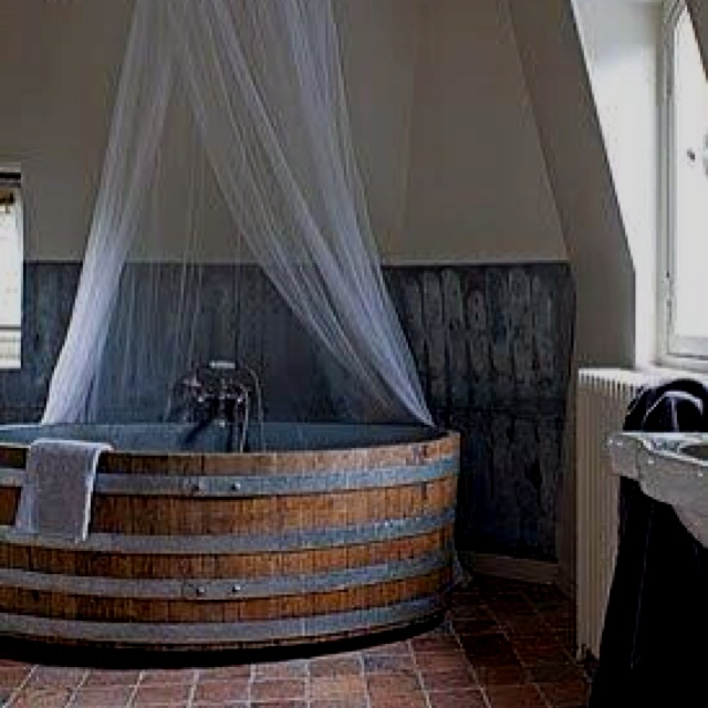 1000 Images About Home Projects On Pinterest: 1000+ Images About Whiskey Barrel Projects On Pinterest