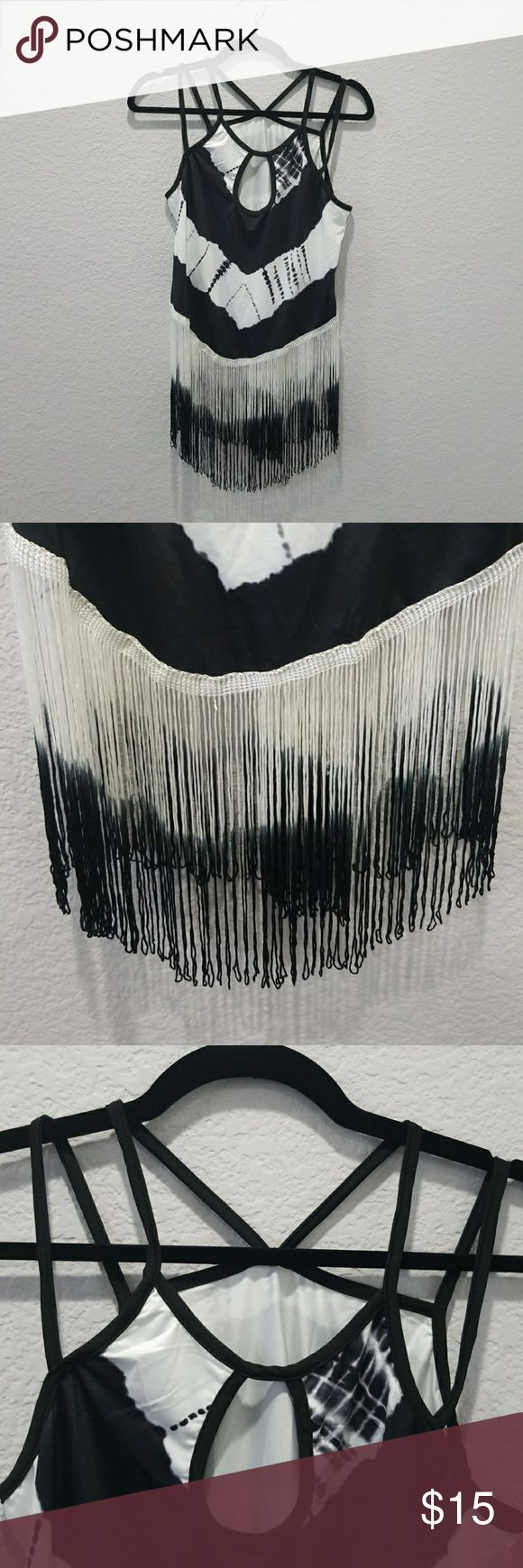 Fringed tank top Black and white fringe tank top. Brand new, never worn. 85% polyester 15% spandex. Very stretchy. Tag marked as xl, but is more of med-lrg. Tops Tank Tops