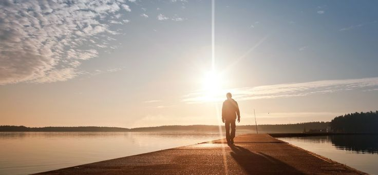"""These are 8 things that the most effective people do every day. And, here's a nice teaser to get you going: """"Acquire these eight simple habits and you won't just get more done, you might actually change your life."""" Are ya' with me?!?"""