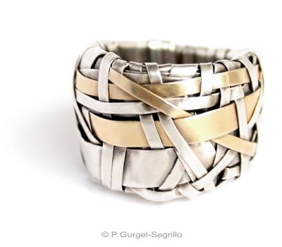 gurgel-segrillo contemporary jewellery. Contemporary jewellery, tactile and ultimately wearable art pieces that are rootsy but urban, classy and yet understated... handcrafted in fine silver and 18ct gold.
