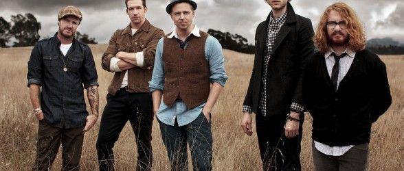 Muhteşem sahne şovu ile dünyanın en hit grubu #OneRepublic ilk defa Türkiye'de!