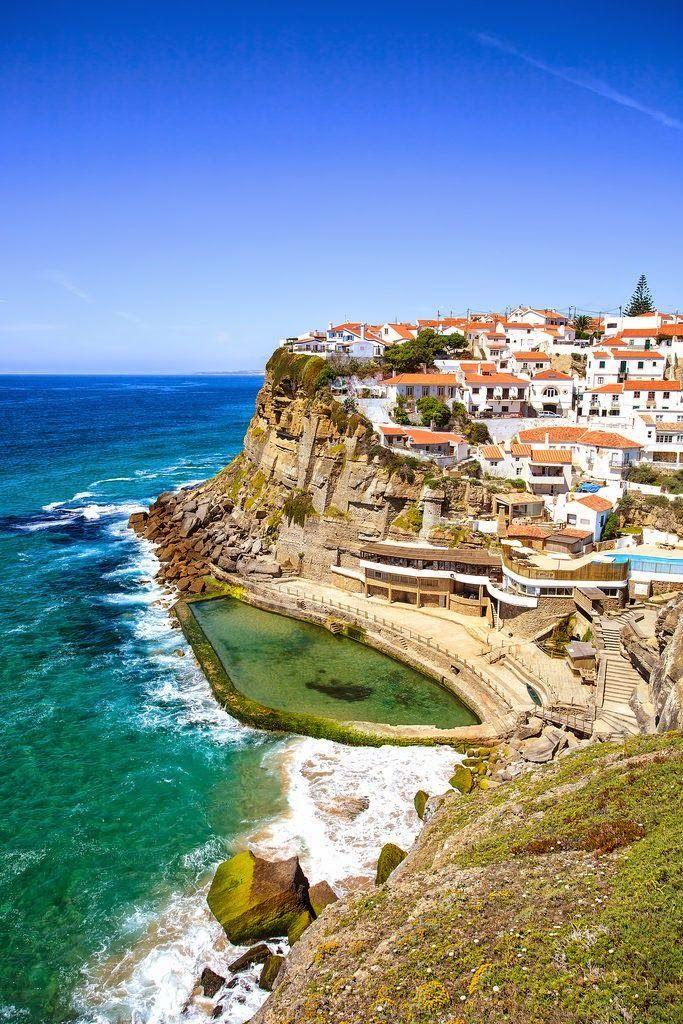 Fotografias incríveis de lugares paradisíacos. Um sitio lindo perto de Lisboa. As Azenhas do Mar.