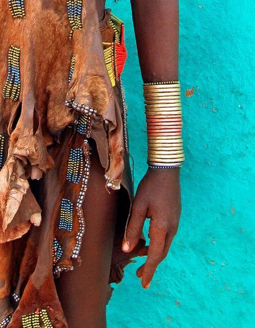 Femme Hamar, Afrique