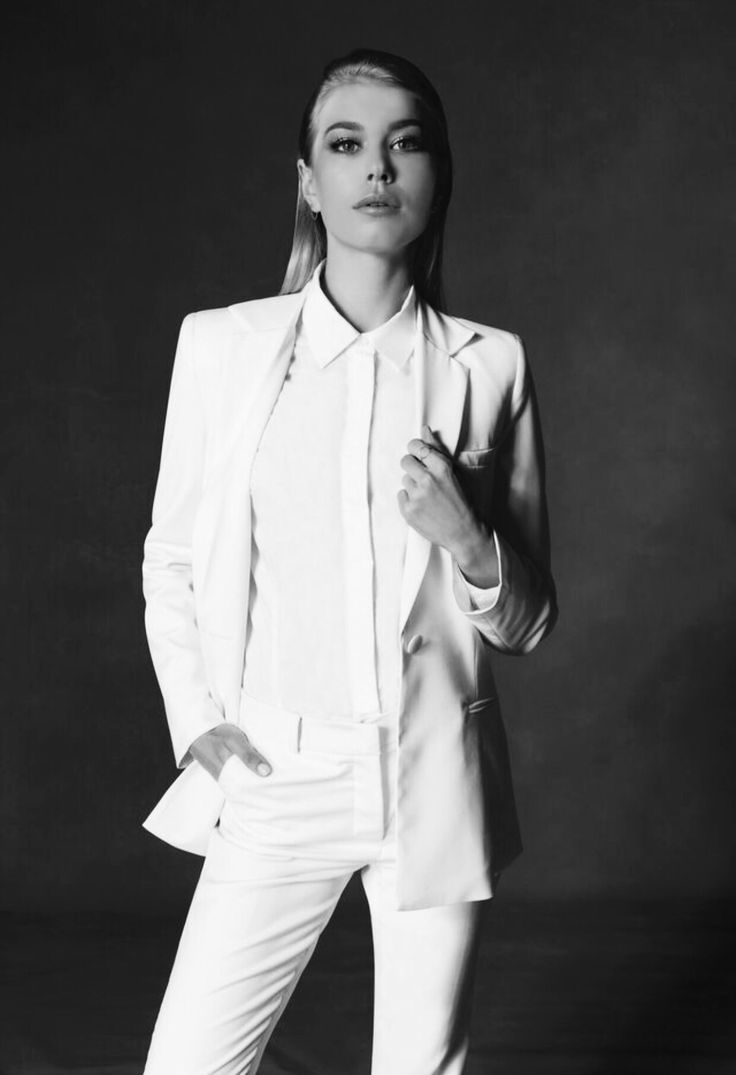 Women's white suit. Ethically crafted from superfine Australian Merino wool.