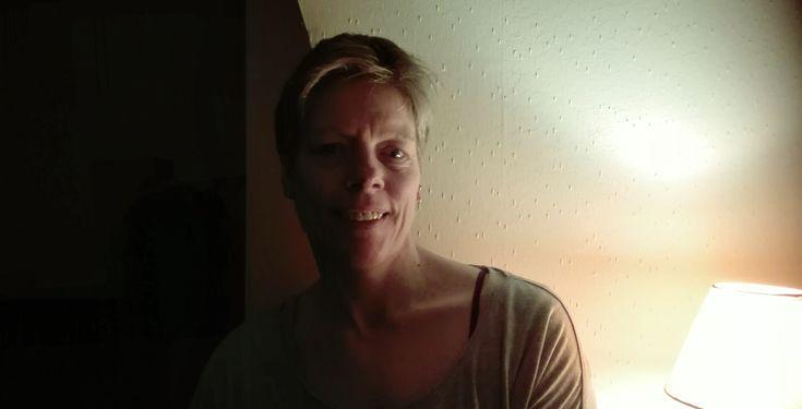 Yoga-Erfahrung: Tanja ist nach dem Yoga ihre Rückenverspannungen los -