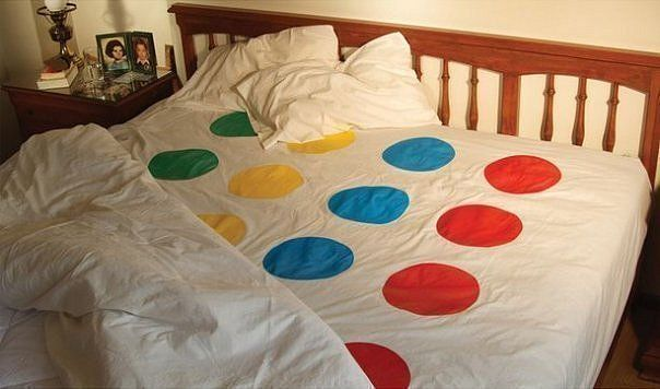 : Twister Sheet, Stuff, Twister Beds, Gifts Ideas, Funny, Beds Sheet, Bridal Shower Gifts, Plays, Wedding Gifts