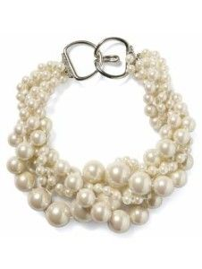 banana republic chunky pearl necklace, I wish could find these love them