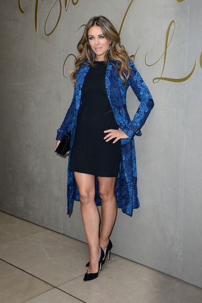 Elizabeth Hurley Photos Photos - Elizabeth Hurley arrives for the premiere of the Burberry festive film at Burberry on November 3, 2015 in London, England. - The Premiere of the Burberry Festive Film - Arrivals